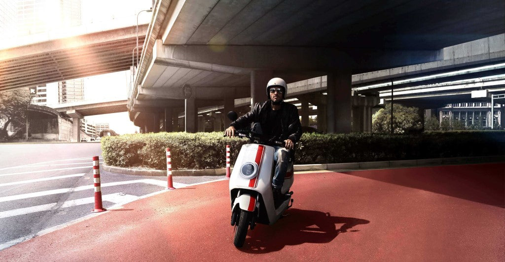 scooter electrique niu ngt 125 test