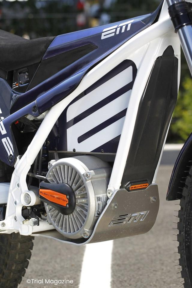 moto electrique electric motion escape carter