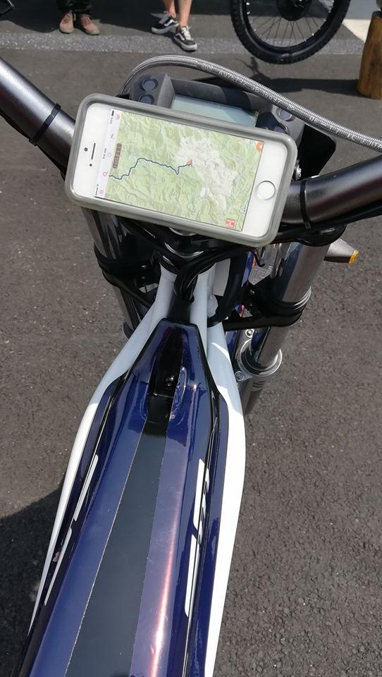 moto trial electrique electric motion escape application smartphone