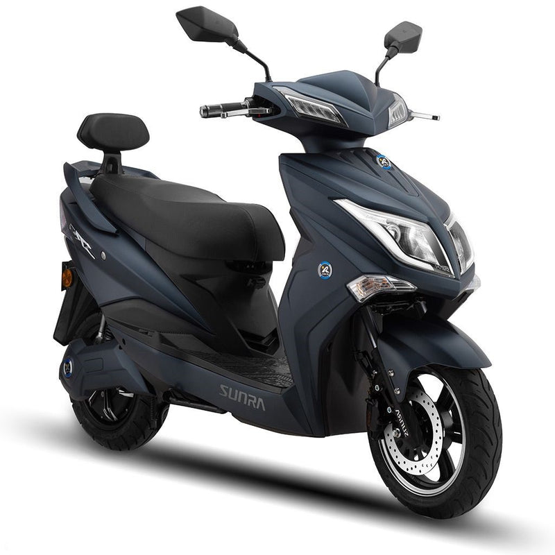 scooter electrique sunra hawk parking