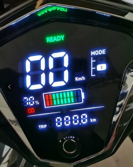 scooter electrique sunra hawk plus display affichage