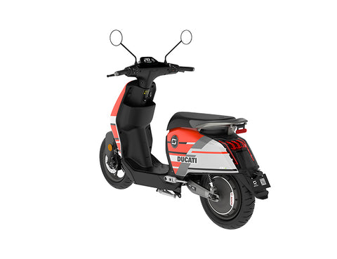 scooter electrique super soco cux ducati batterie