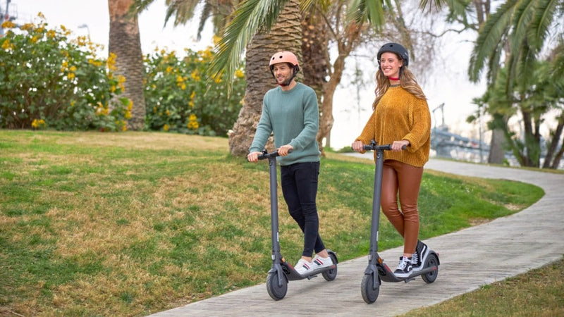 trottinette electrique E25E Ninebot by Segway lifestyle