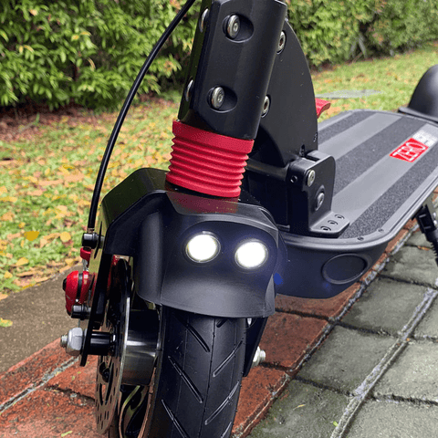 trottinette electrique zero 9 phare avant led