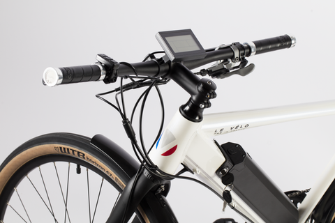 velo electrique mad in france blanc guidon