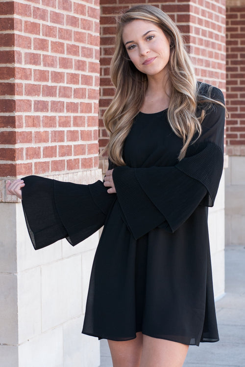 Ruffle Sleeves Shift Dress in Black - Paperback Boutique