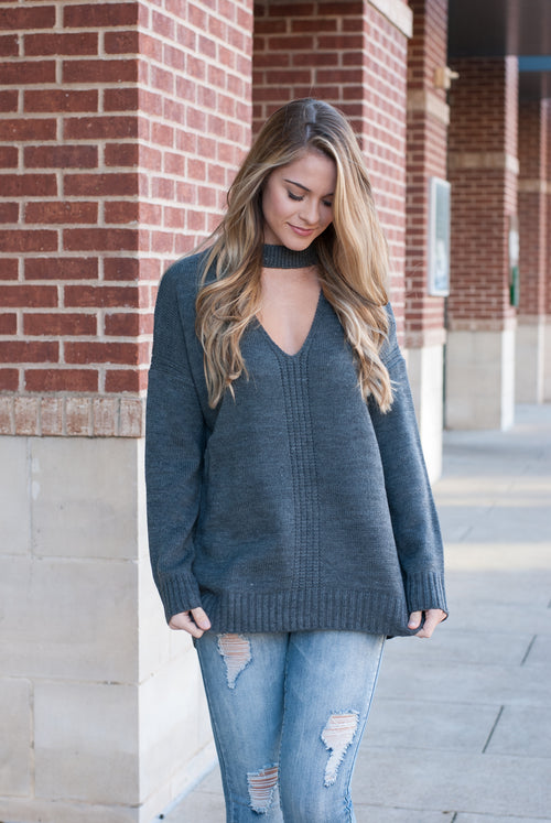 Knit Choker Sweater in Gray - Lovelea Boutique