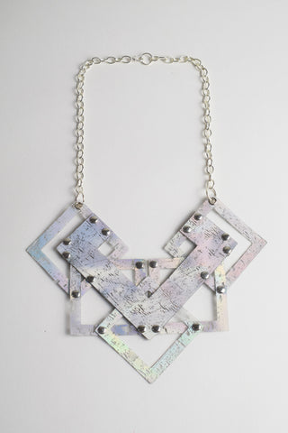 GEO HOLOGRAPHIC NECKLACE