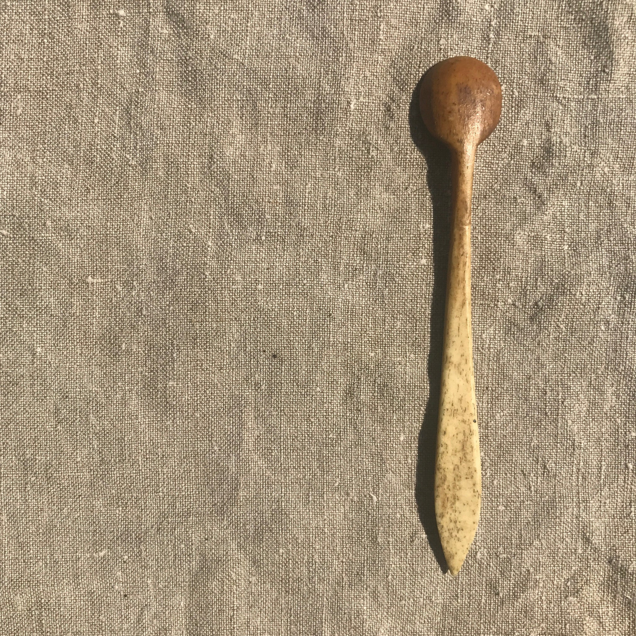 bone mustard scoop (1 of 5)