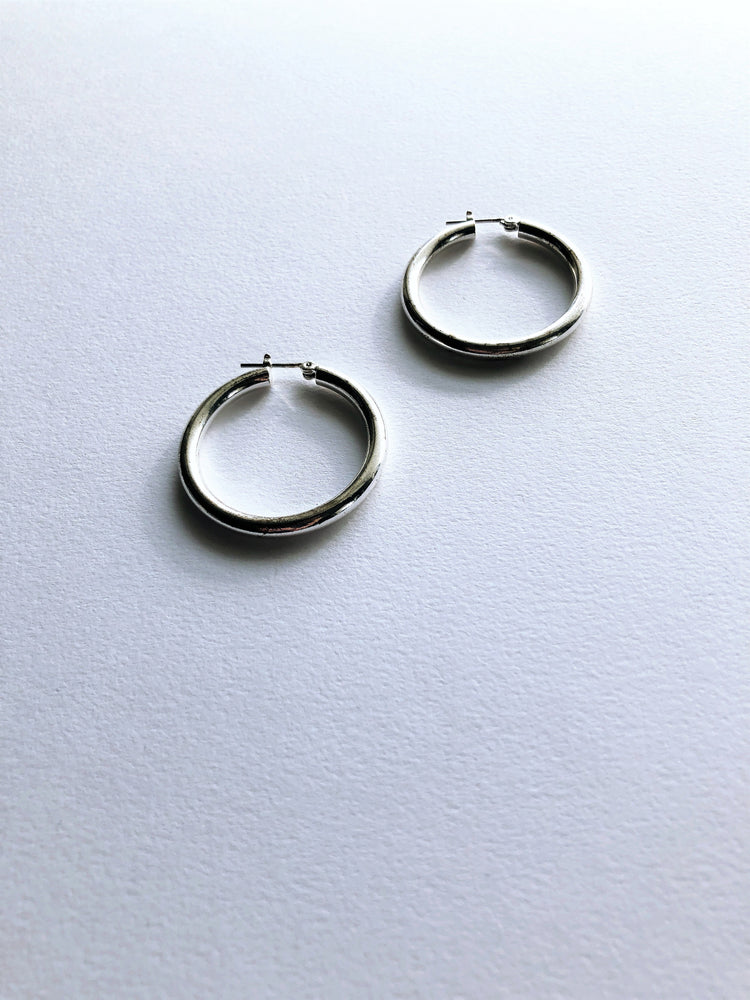 Silver Willow Hoops