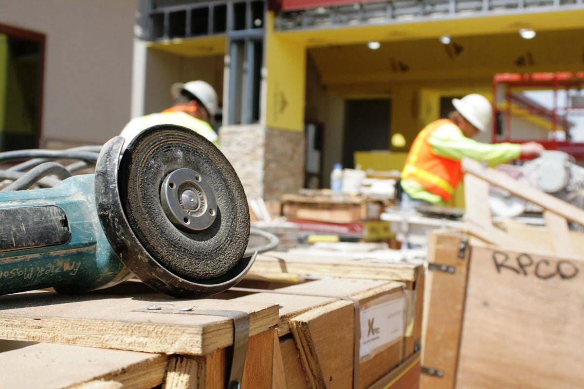 What Is Involved in Getting a General Contractor License?