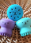 Bear Face silicone scrubbies