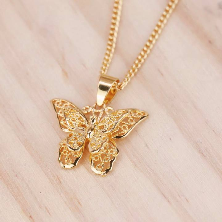 ENCHANTED BUTTERFLY NECKLACE