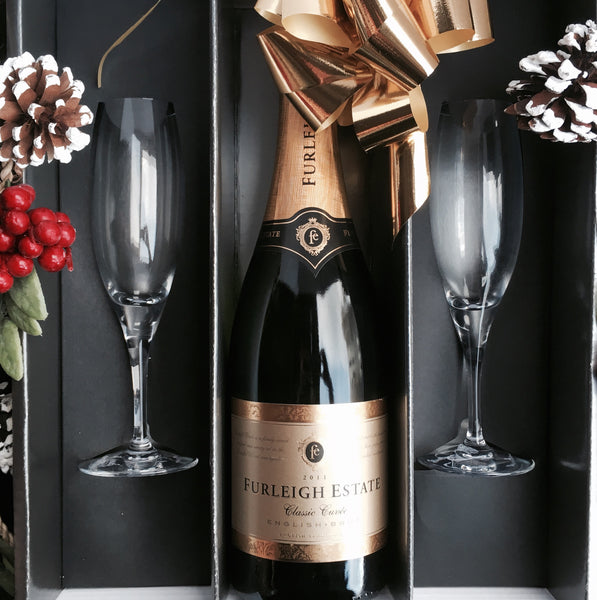 English Sparkling Wine Gift w/ Flutes