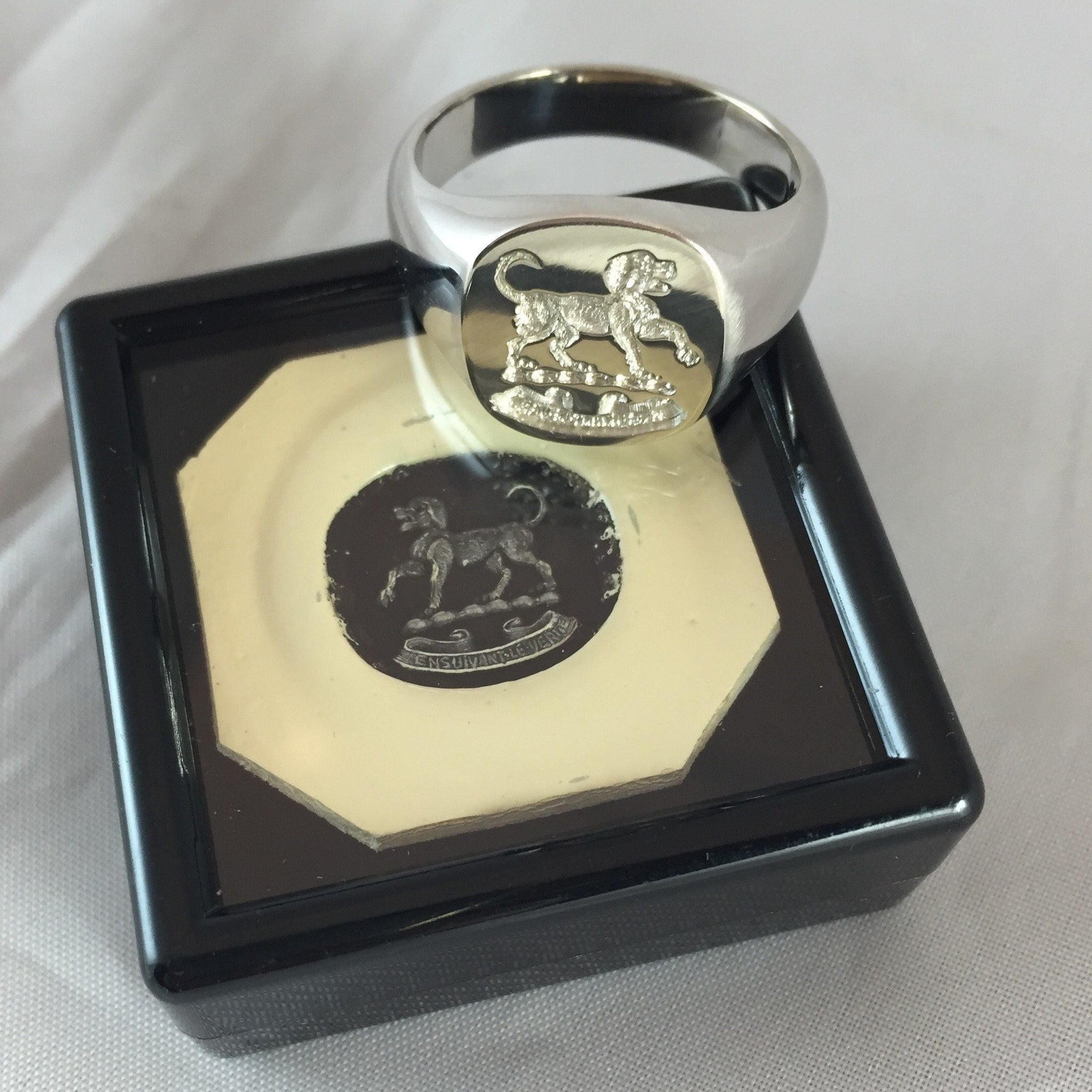 rings maker crest silver s jewelry jewellery family pin gold custom on nelly ley hand by engraved ring customer signet bespoke handcrafted