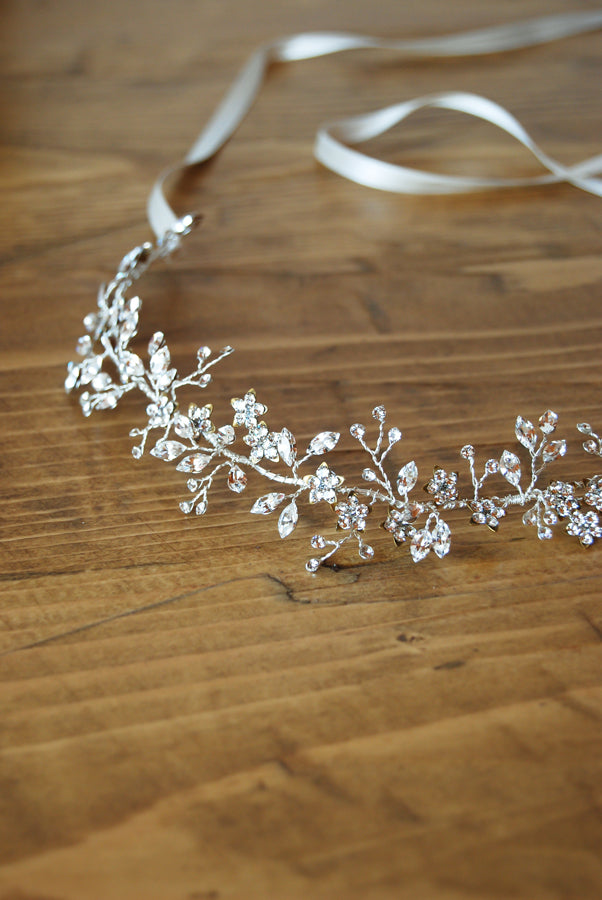crystal floral headband detail by Elibre handmade