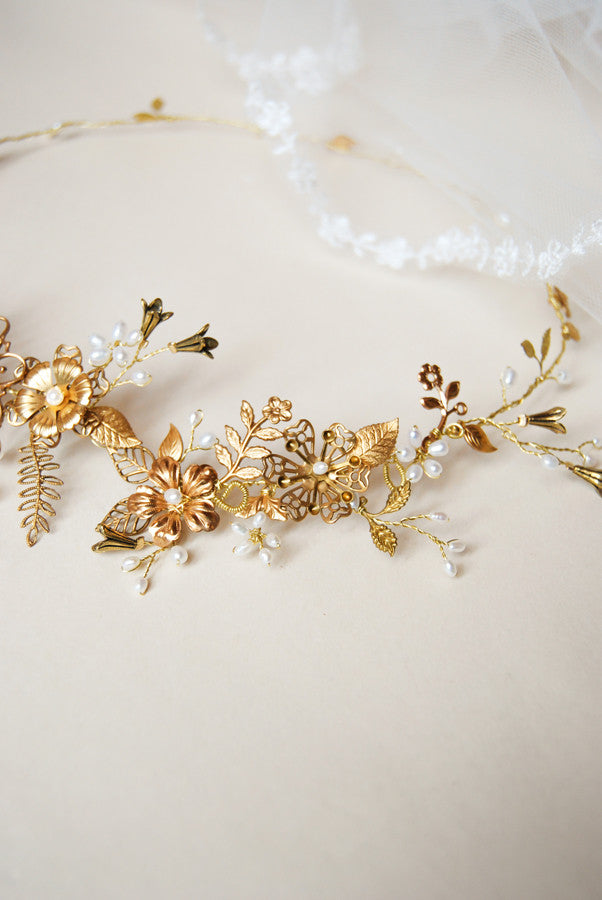 Bridal custom headpiece with brass charms | woodland wedding halo | Elibre handmade