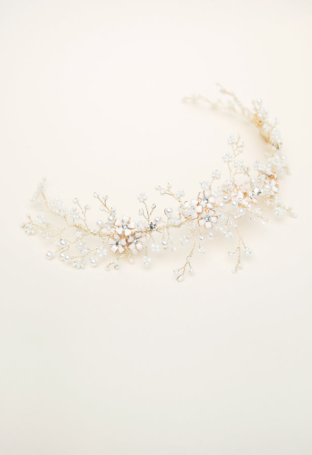 detail of white beaded headpiece by Elibre handmade