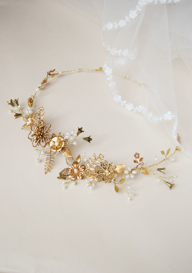 Boho bride hair crown with brass leaves and flowers - custom made | Elibre handmade