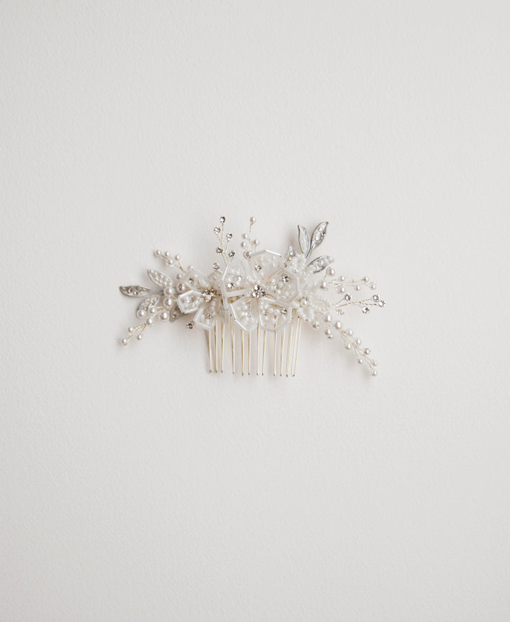 White beaded floral comb with pearl and crystal sprays