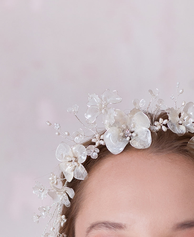 SIlver and crystal floral blossoming head band | Elibre handmade