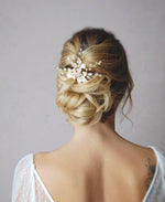 Wedding flower and pearl hair pin | Elibre handmade