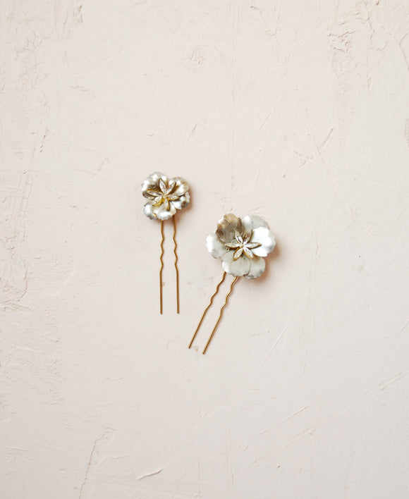 Starry silver coating flower pair - set of 2