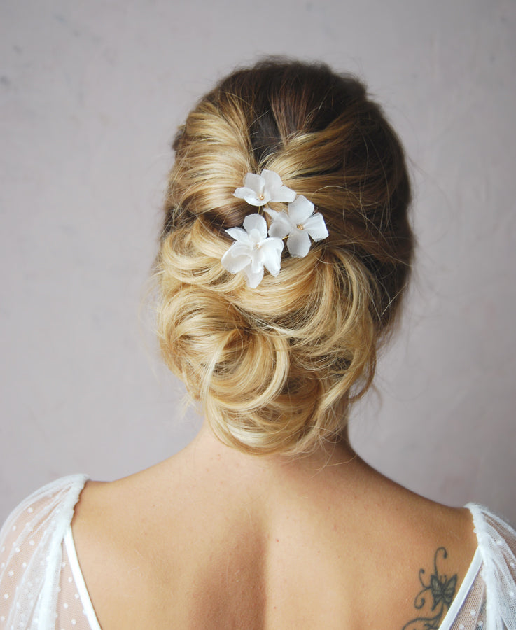 Bridal silk flower hairpin | Elibre handmade