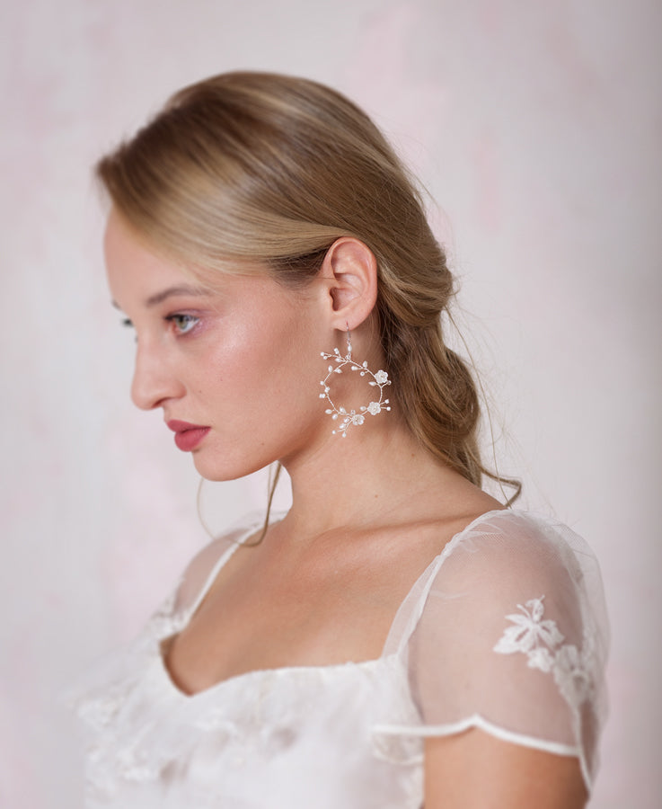 Bridal frshwater pearl hoop earrings | Elibre handmade