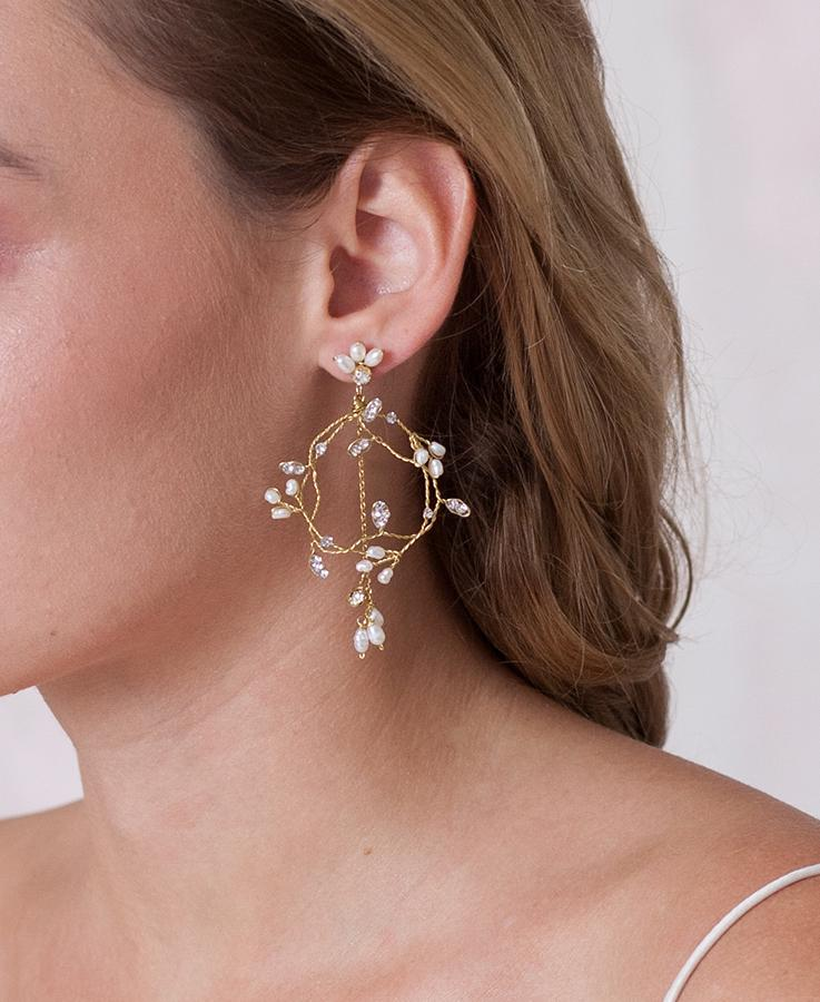 Crystal dangle bridal earrings | Elibre handmade