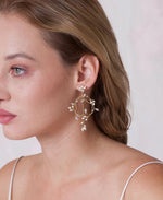 Delicate entwined circle earrings | Elibre handmade