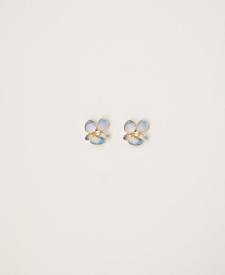 #pansy #flowerearrings #bridalaccessories | Bride pansy earrings | Elibre handmade