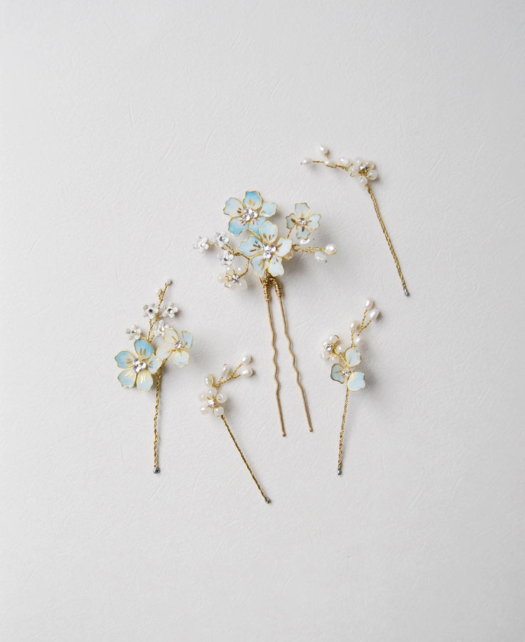 blue flowers and pearl hairpins