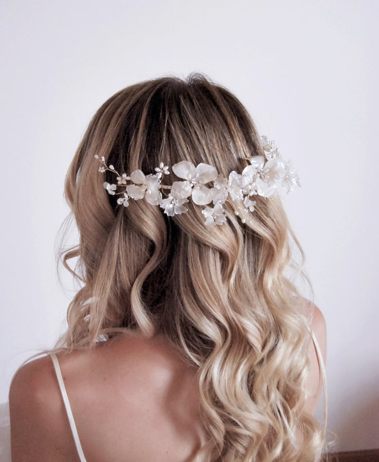 Moonlight sweet flowers hair crown