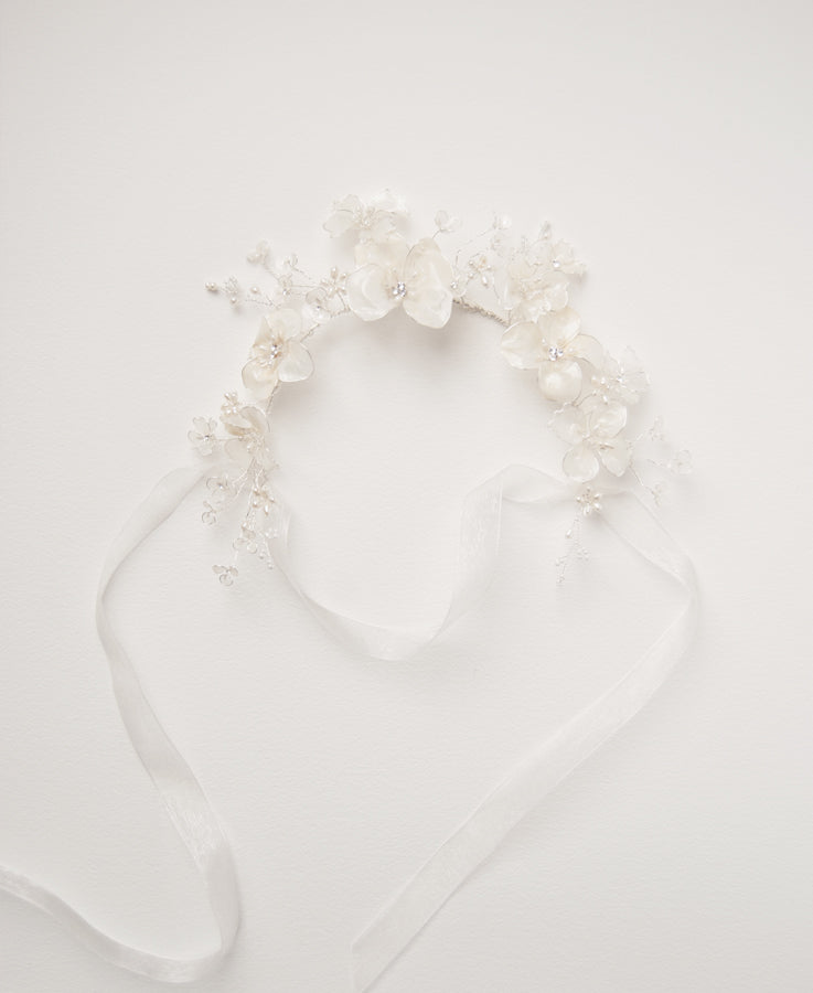Bridal floral and pearl headband | Elibre handmade