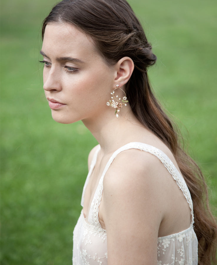 Floral gold pink earrings | Bride accessories | Elibre handmade