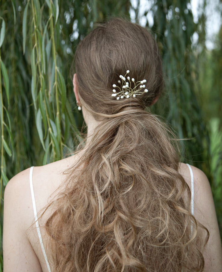 Hair pin for country wedding | Elibre handmade, bridal hair accessories, wedding jewelry and custom pieces for brides, bridesmaids and ceremony. Shop on www.elibrehandmade.com
