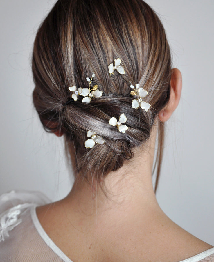 Delicate small flowering hairpins - set of 5