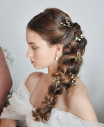 bridal leaf hair pins