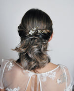 bridal pearl flower bobby pin