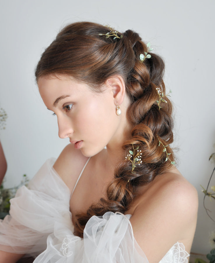 bride green leaf headpieces