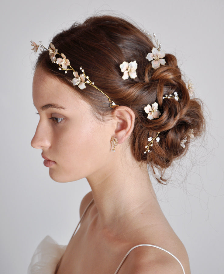 bride hair jewelry in pink