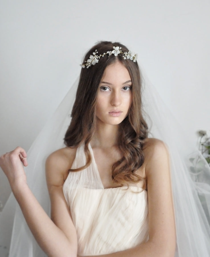 White flower crystal hair crown