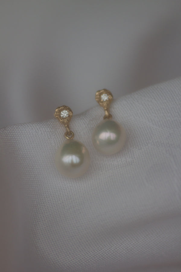 L'HIVER PEARL EARRINGS