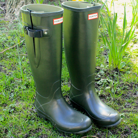 b6e2ea8a4f4 How to pick your perfect pair of Hunter Boots. – Sinclairs Online