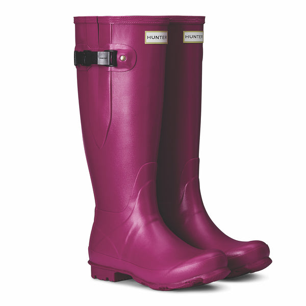 Hunter Women's Norris Field Wellington Boots in Loganberry