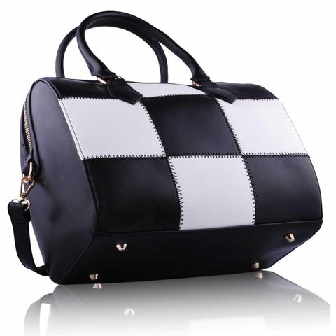 Black and White Checkered Grab Bag