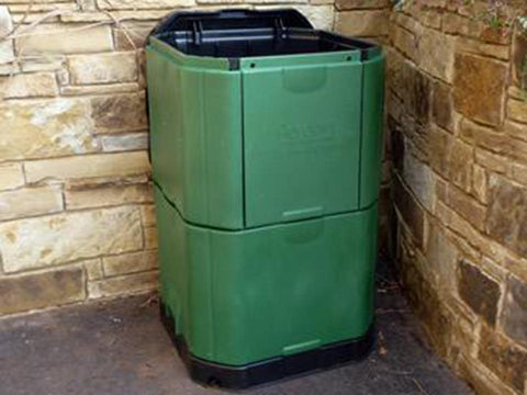Aerobin 400 Insulated Composter - in the corner