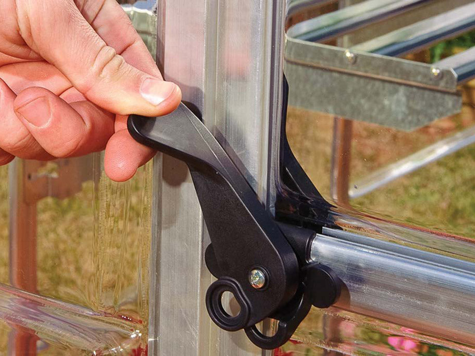 Palram Hybrid 6ft x 4ft Hobby Greenhouse-HG5504(G) - lockable door handle with magnetic catch