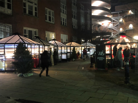 Image of Several Juliana Oasis 10x10 Polycarbonate used as mini stores in a Christmas fair